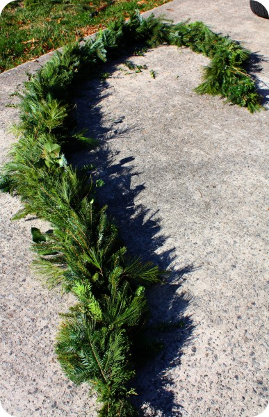 How to make evergreen garland or swags heres solutioingenieria Image collections