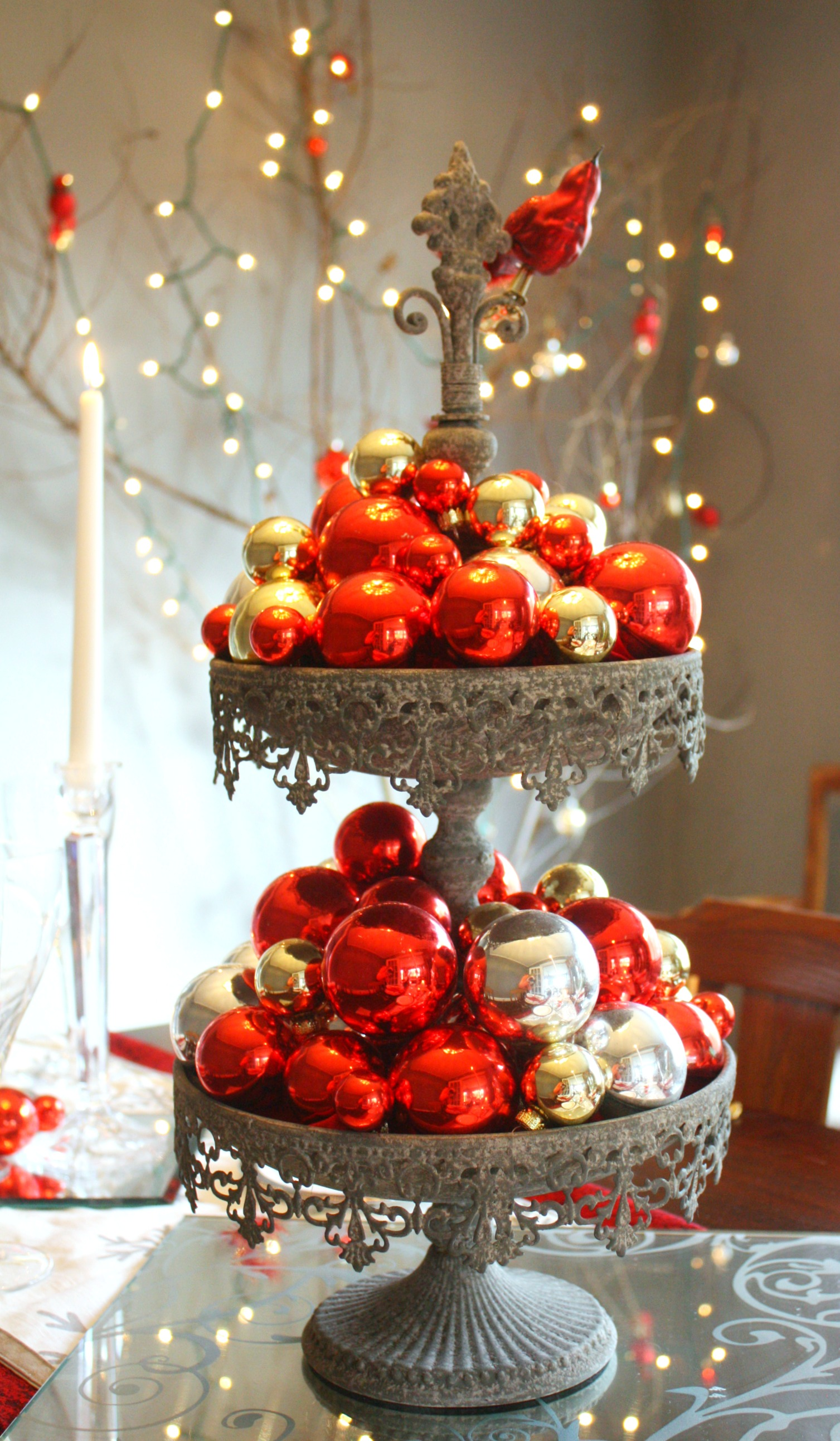 Red silver christmas table setting craft thyme - Decoration table de noel rouge et or ...