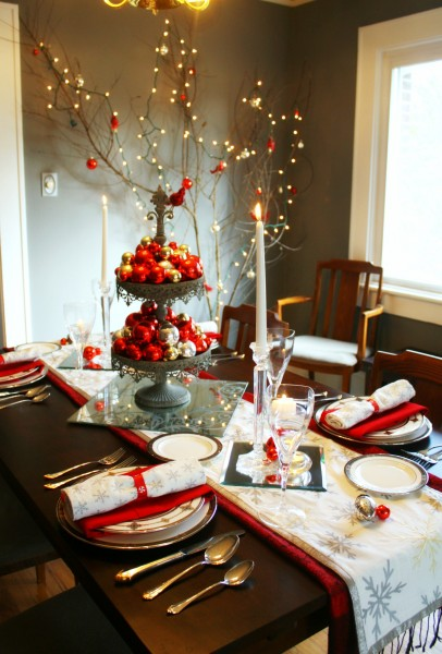you might recognize some of these tablescape elements from earlier christmas table - Silver Christmas Table Decorations