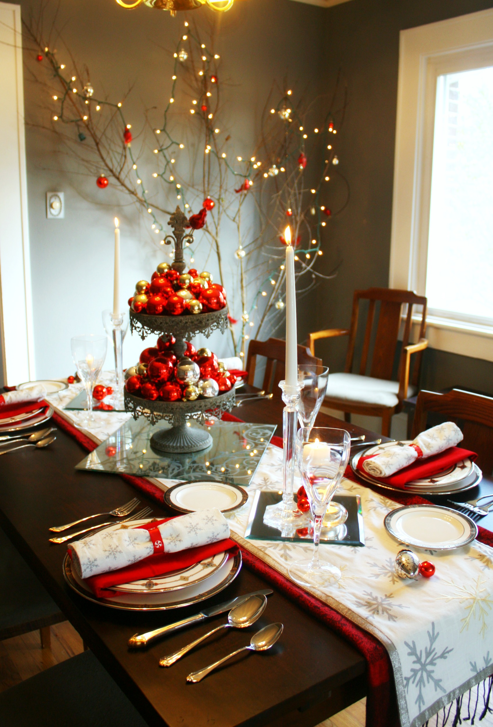 You might recognize some of these tablescape elements from earlier Christmas table ... & Red u0026 Silver Christmas Table Setting u2022 Craft Thyme