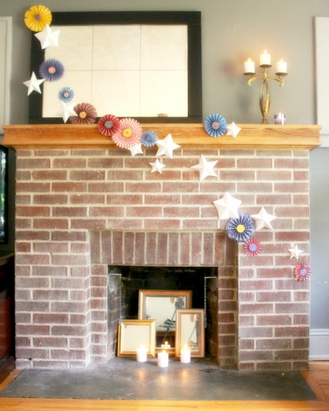 Paper fourth of July Mantel
