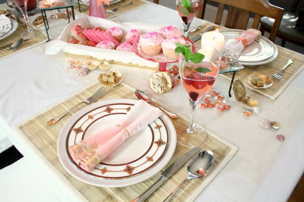Sea Shells \u0026 Lemonade \u003d Table Decor? : place setting ideas for table - pezcame.com