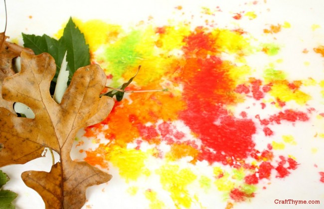 How to make autumn suncatchers from crayons and wax paper.