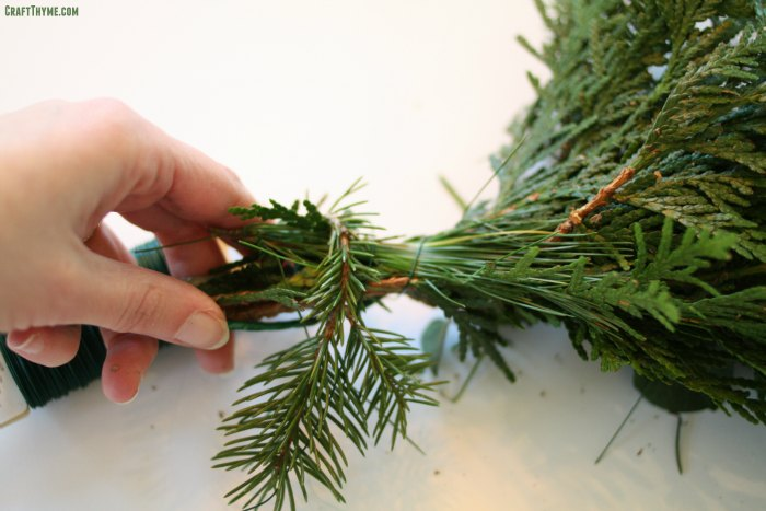 How to wrap a DIY evergreen garland.