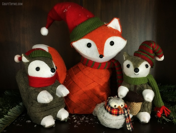 Felt Christmas Animal Vignette